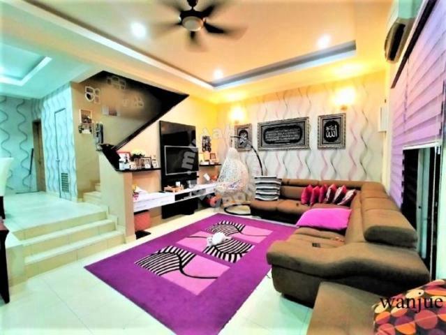 Reno & Fully Furnished 2 storey house Alam Budiman Shah Alam