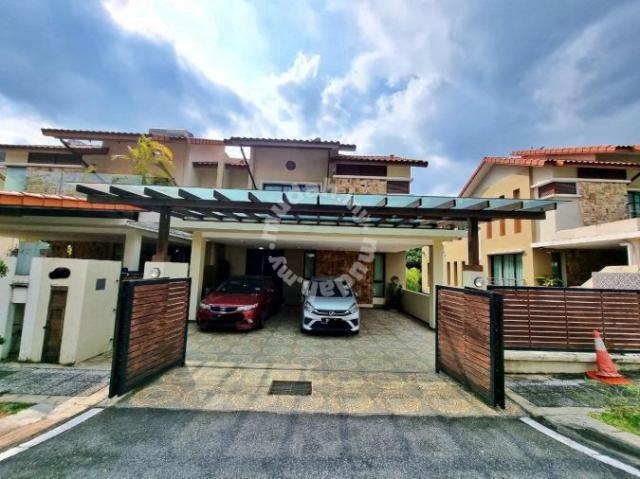 Fully Renovated Greenery View in 3 Sty Semi D Riverview Kemensah KL