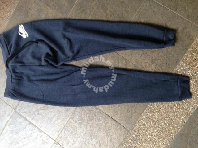 Quiksilver pants jogger - Clothes for sale in Sri Petaling 4f9534ff962