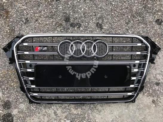 Audi A4 B8 5 S4 Grille