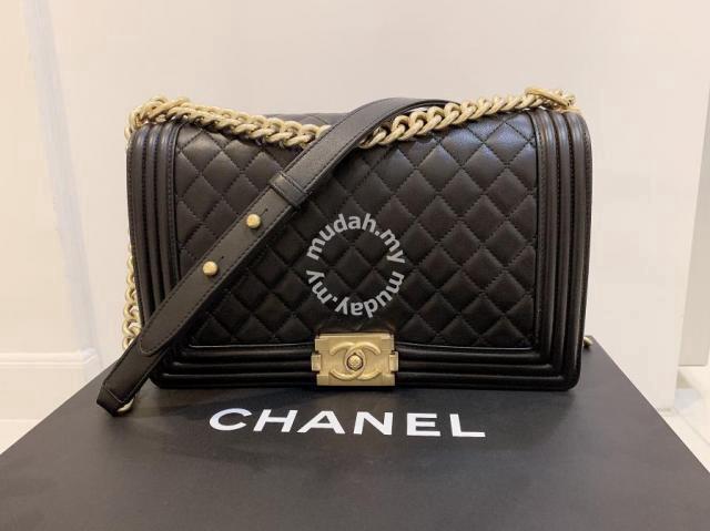 c6ad2bc287a4 Chanel Boy Handbag New Medium 28cm - Bags & Wallets for sale in ...