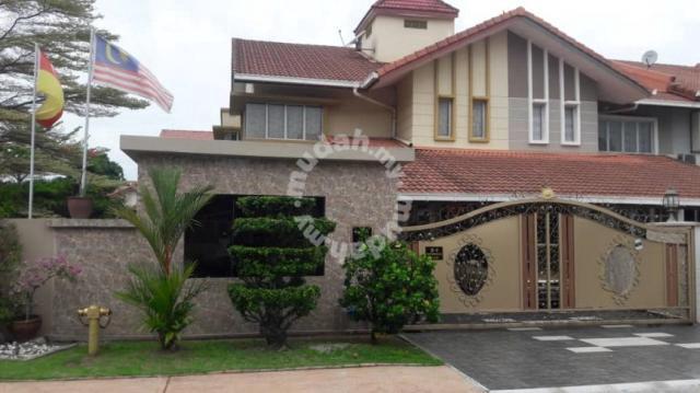 Double Storey Corner Seksyen 27 Taman Laman Seri Shah Alam Houses For Sale In Shah Alam Selangor