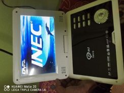Portable dvd player and discman
