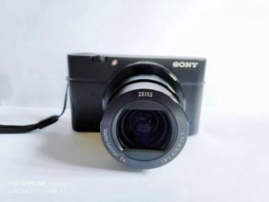 Sony RX100 MK3 Mirrorless Camera