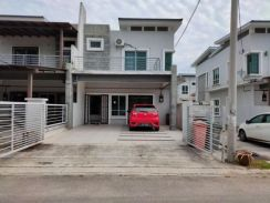 Double Storey End Lot Bandar Seri Impian / For Sale / Negotiable