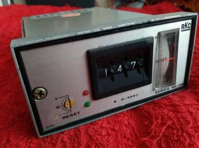 RKC Temperature Controller RE-48