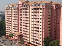 Anggerik Villa 2 Apartment kajang with lift