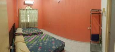 Hasimah GuestHouse Indera Mahkota 8C