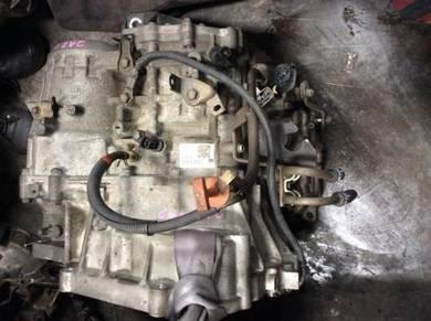 Toyota estima acr30 acr 40 2.4l automatic gearbox