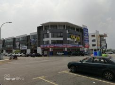 Setia Alam Shoplot , first floor