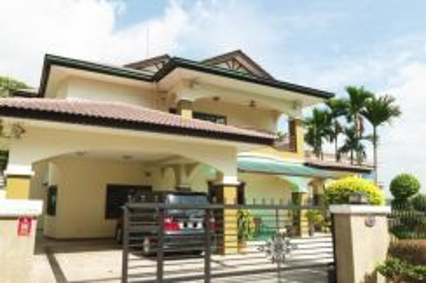 Kuala Lumpur-Taman Connaught, bungalow house