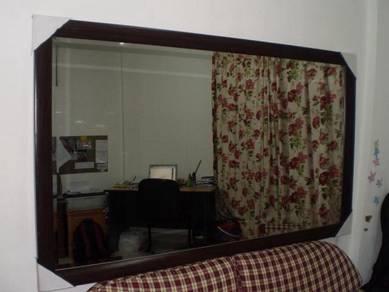 Cermin Fame Coklat 5 x 3ft
