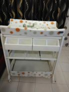 Changing table with tub 2 in 1