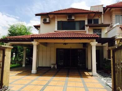 Bandar Puteri Middle Room to Rent