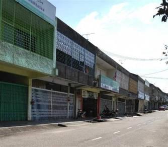 Taman Maju Jaya Double Storey Shop For Sale ,Ulu Tilam , Jalan Nilam 1