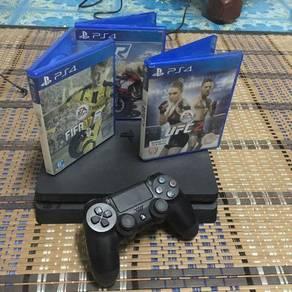 PS4 Utk Dilepaskan