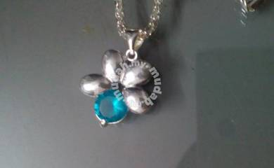 ABPS9-F002 Shiny Light Blue Flower Sliver 925 Neck