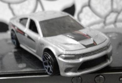 Hotwheels Car d Dodge Charger SRT