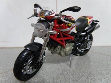 Newray 1:12 Ducati Monster 796 No.46 (Clear Stock)
