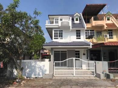 Perak, Ipoh, Taman Pelangi, 2.5 Storey End Lot Terrace
