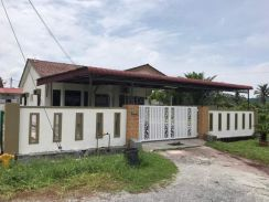 Perak, Tronoh, Desa Tronoh Jaya, Single Storey Bungalow