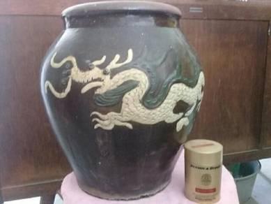 119 Tempayan naga antik dragon pot