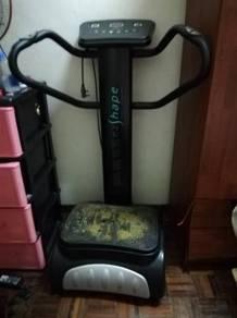 Slim shaker machine