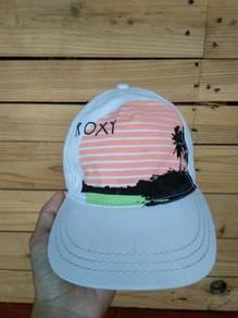 Topi Roxy