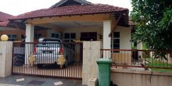For sale single storey semi d at taman pauh indah
