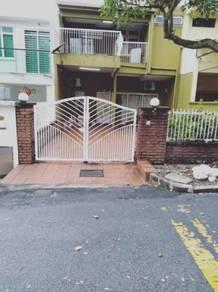 Taman bukit anggerik, cheras, kl d/s, split level, for sales 22'x75'
