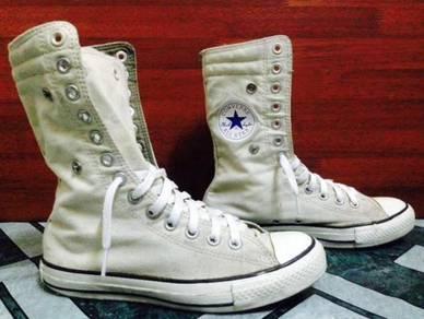 Kasut Converse Limited Edition