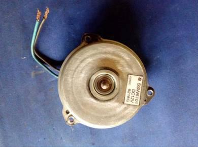 LC135 Radiator Fan Motor
