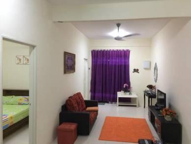 RM160- Indah Homestay - 3 bilik