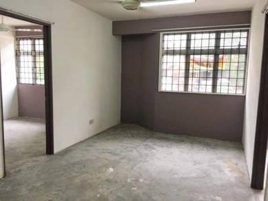 Rista Villa apartment , Putra Perdana , Puchong [Ground floor]