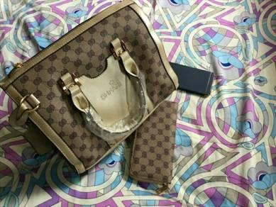 1 Set Handbag  purse