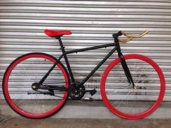 Sporty fixie black red 700C basikal bicycle