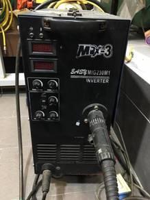 MAX 3 MIG230M1 Welding Set