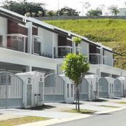 [RENO] Below Market *gated guarded* Double Storey 22x80 Sri Petaling