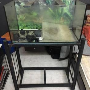 Aquarium 2 kaki utk dijual