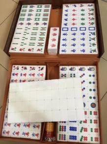 4 Player Players Mahjong Game White Color Big Tile