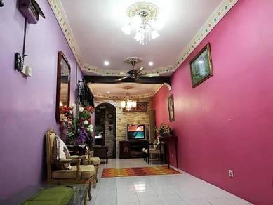 FULLY RENOVATE Jalan Seroja, Bukit Sentosa Rawang Single Storey Teres
