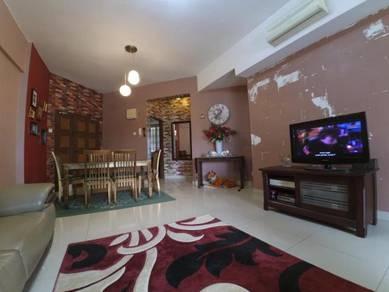 Villa wangsamas condo, partly furnished,below market value