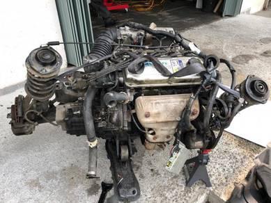 Mitsubishi 4g93 1.8 single cam engine gearbox