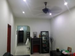 Selayang tmn seri melati 1 sty terrace renovated 20x80 freehold