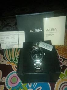 Jam tangan untuk dijual