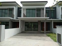 Parksville Double Terrace House in Taman Paya Emas