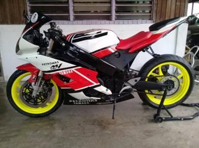 Kawasaki ZXR 250 Convert Yamaha R6 Fully Rebuild
