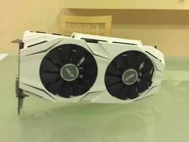 Asus NVIDIA GeForce Dual GTX 1070 8GB Almost New