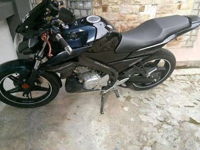 Yamaha Fz150i.kpd yg berminat.
