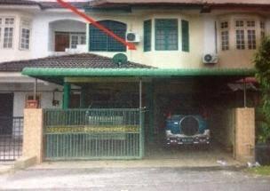 2 sty house - pusat sitiawan ( jalan kaki to bank, the store, bus stop